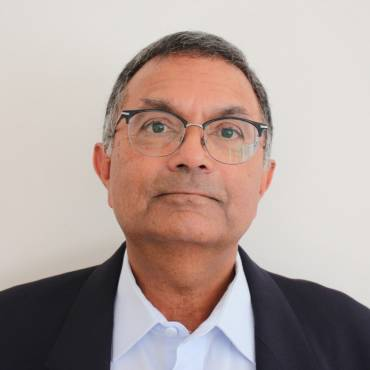 Dr Ramesh Govind